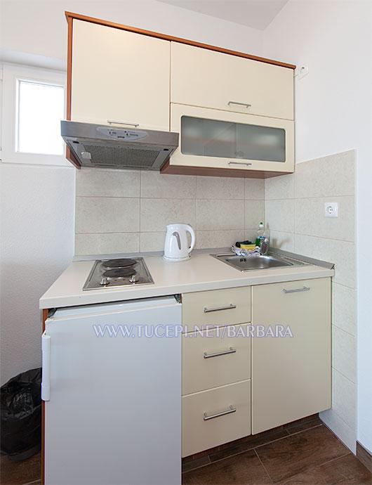 Apartments Barbara, Tučepi - kitchen