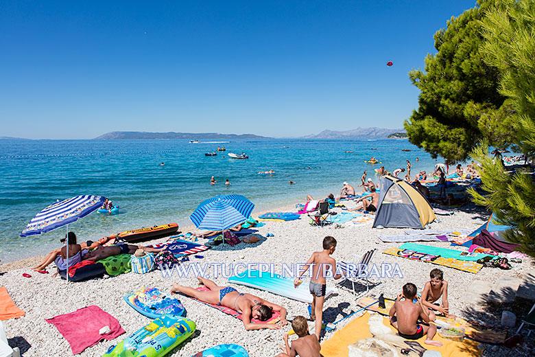 Beach Kamena, Tučepi - summer day