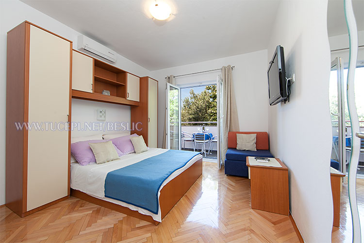 apartments Bešlić, Tučepi - bedroom