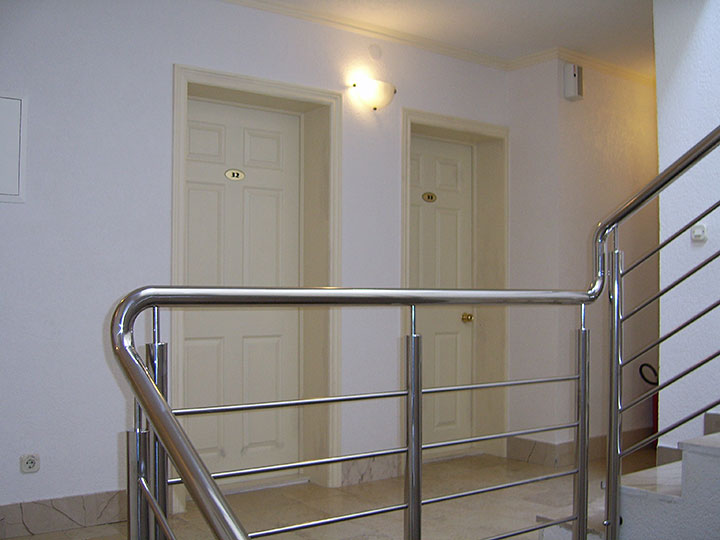 Pension Bili Dvor, Tučepi - hall and stairs