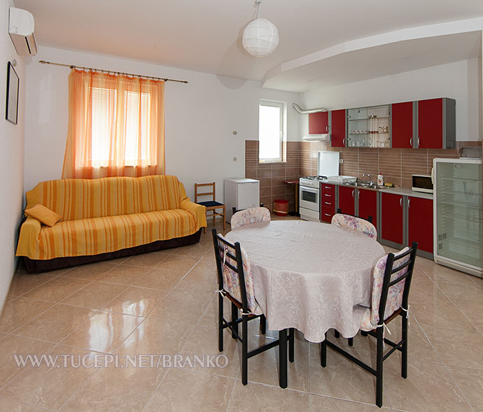 dining room, sofa, kitchen