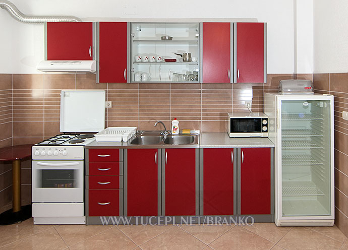 full equipped kitchen with special refrigerator for drinks only