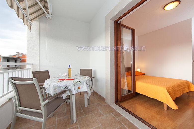 Apartments Stipe Bušelić, Tučepi - terrace