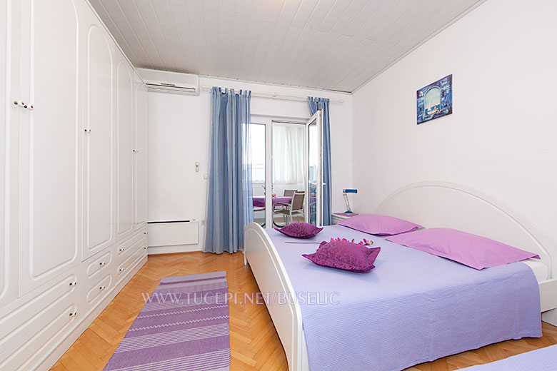 Apartments Stipe Bušelić, Tučepi - bedroom