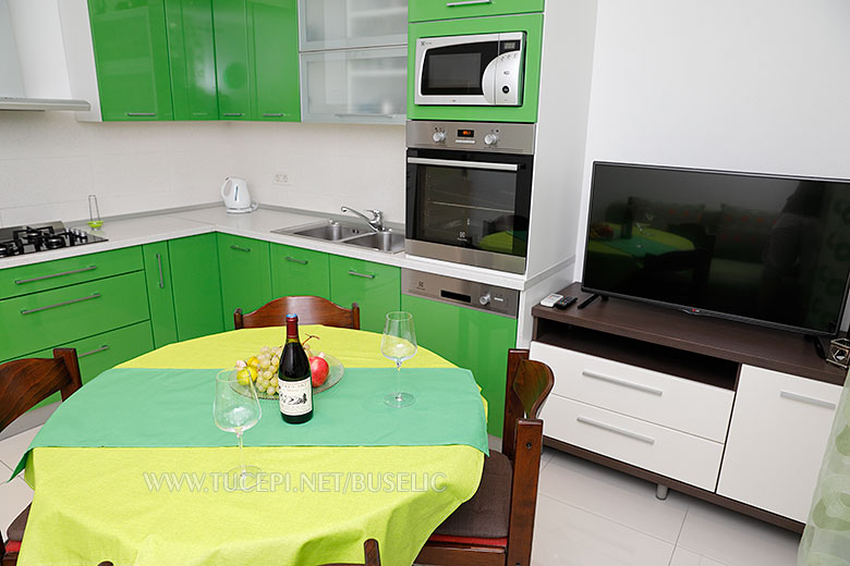 Apartments Bušelić, Tučepi - balcony