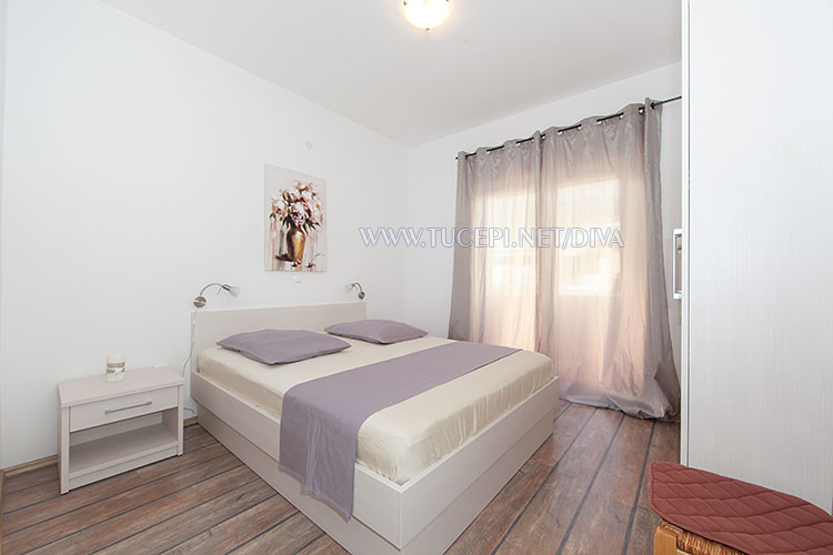 apartments DIVA, Tučepi - bedroom