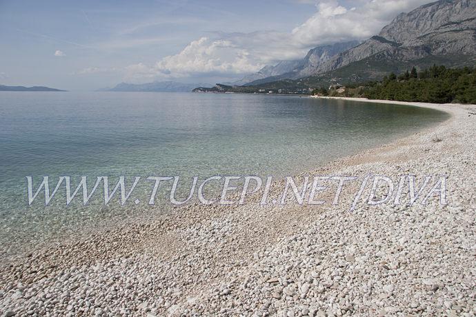 Tučepi - beach on Kamena