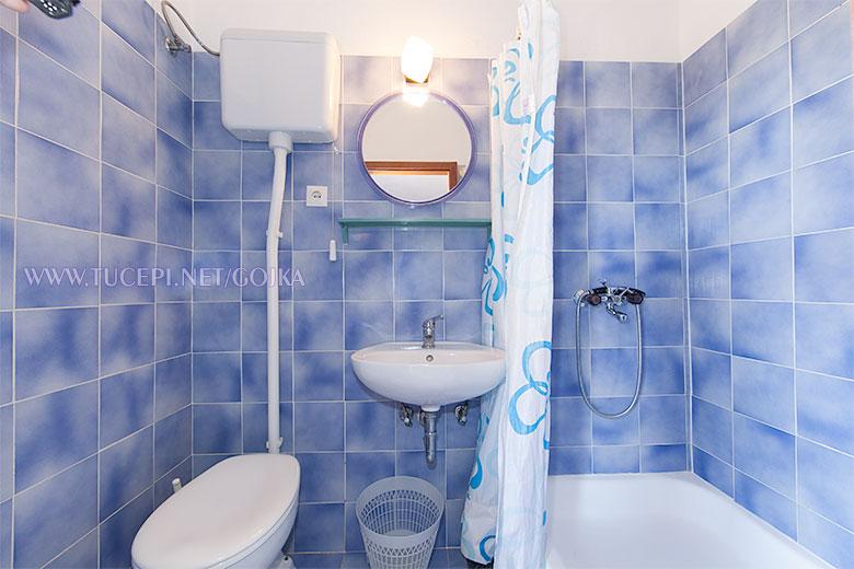 Apartments Gojka, Tučepi - bathroom