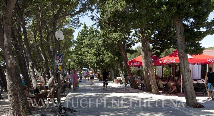 promenade in Tučepi