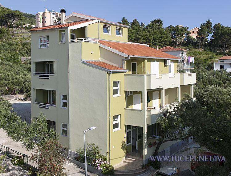 apartments Iva, Tučepi - house
