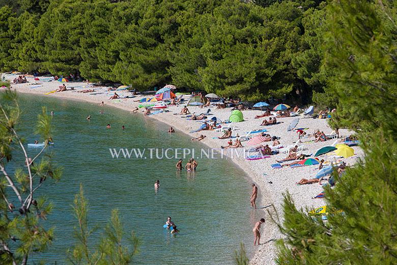 Tučepi, beach Dračevac, naturists loves it