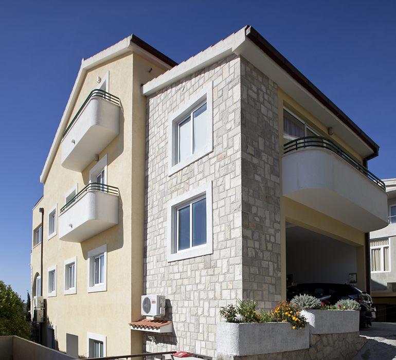 apartments Jadre, Tučepi - house