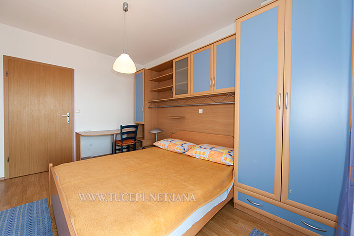 apartments Jana, Tučepi - bedroom