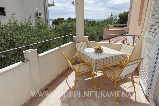 balcony with sea view - apartments Kamena, Tučepi
