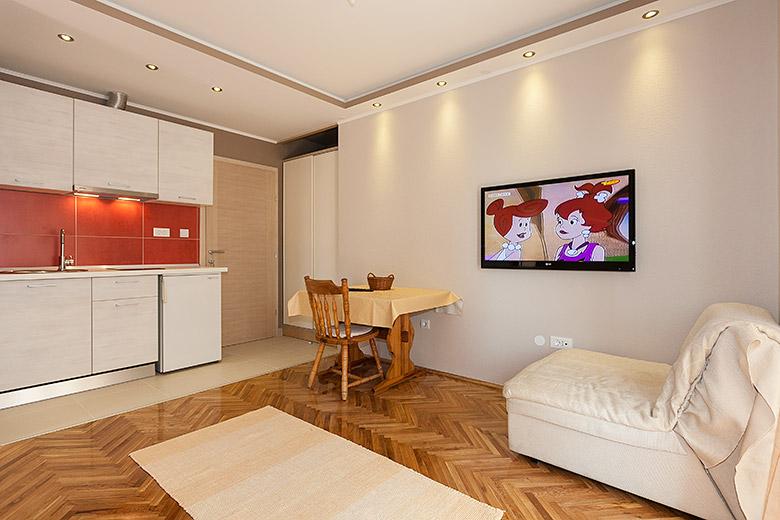 Wohnzimmer, Esszimmer