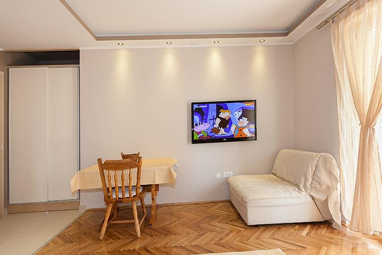 Wohnzimmer, LCD TV