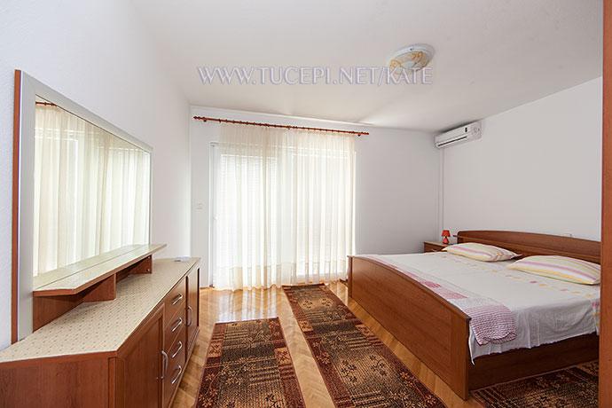 Schlafzimmer, interior panorama