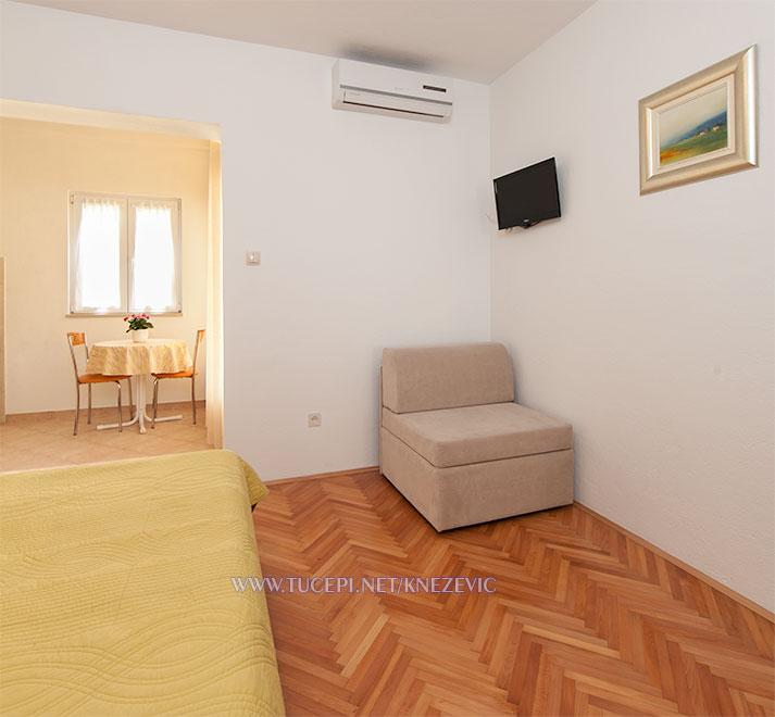 apartments Villa 750, Knežević, Tučepi - thrrd bed