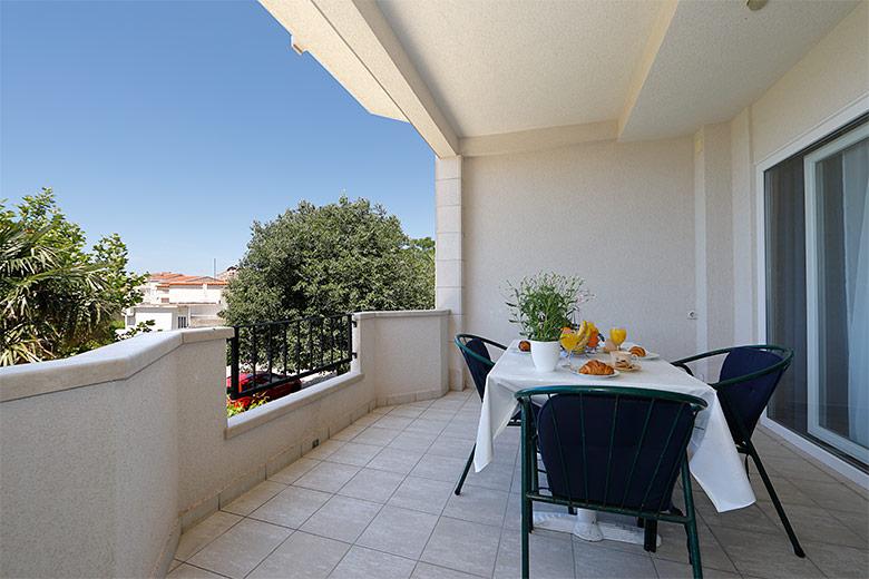Apartments Villa Lili, Tučepi - veranda