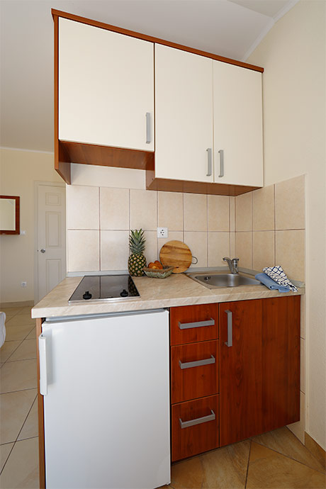 Apartments Villa Lili, Tučepi - kitchen
