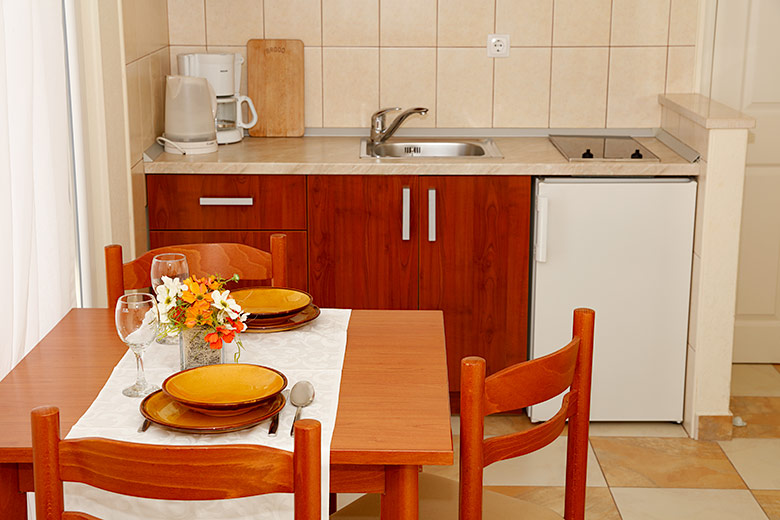 Apartments Villa Lili, Tučepi - dining room