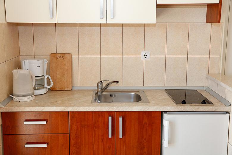 Apartments Villa Lili, Tučepi - kitchen