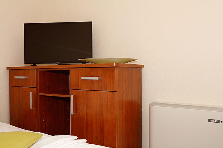 Apartments Villa Lili, Tučepi - tv