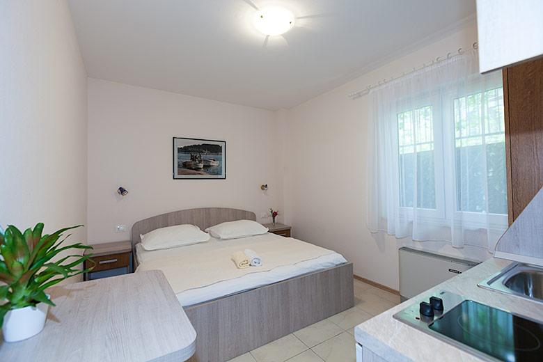 Apartments Villa Lili, Tučepi - bed