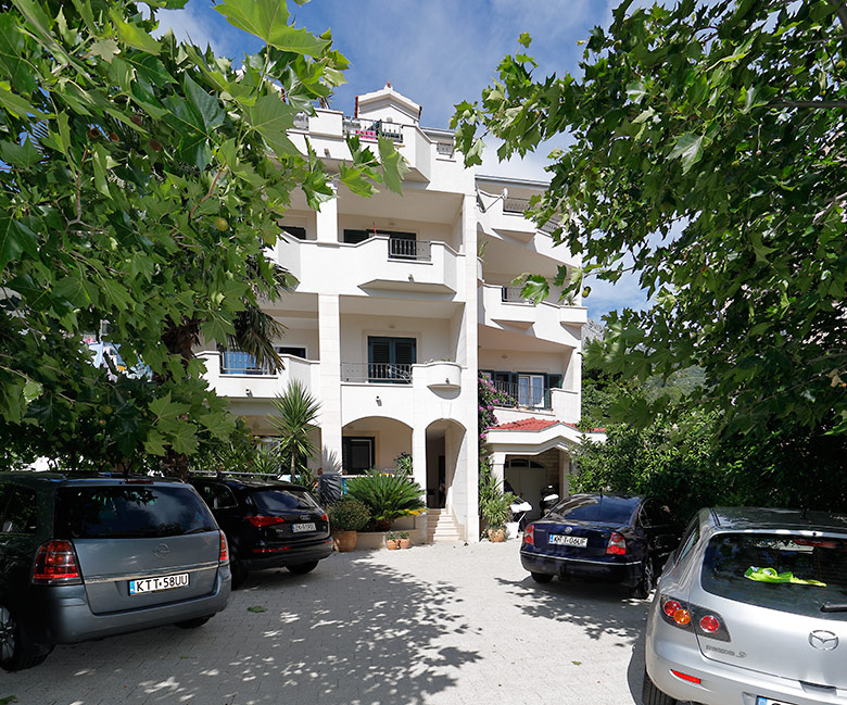 Villa Lili, Tučepi, house