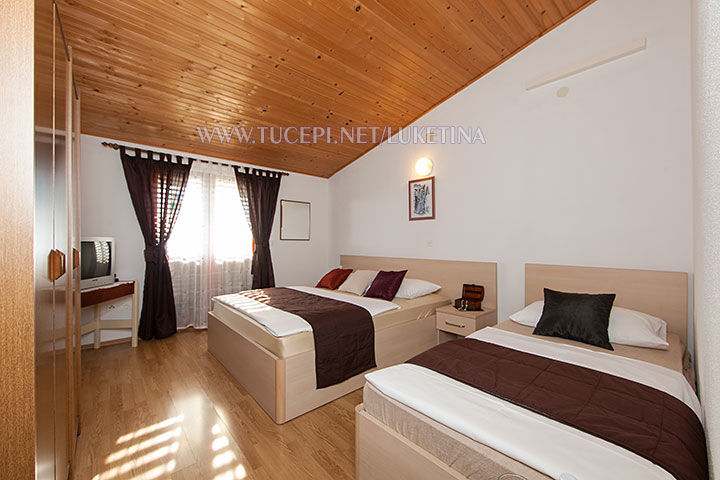 apartments Luketina, Tučepi - bedroom