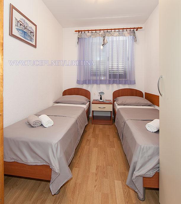 apartments Luketina, Tučepi - second bedroom