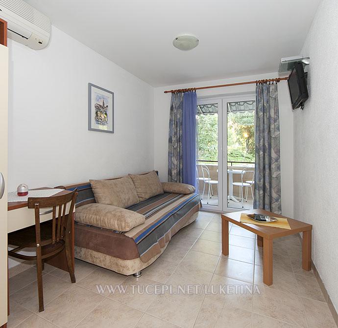 Apartment Luketina Tučepi - living room