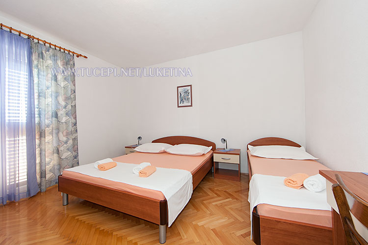 apartments Luketina, Tučepi - bedroom