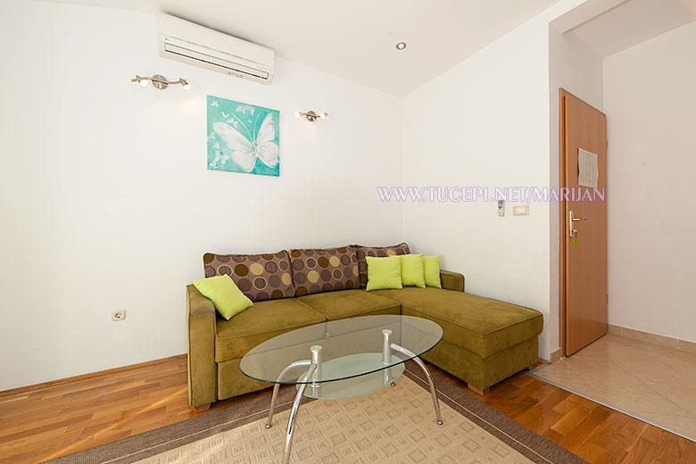 Apartments Marijan, Tučepi - living room