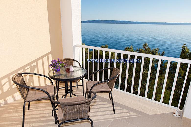 apartments Marko, Tučepi - balcony with sea view