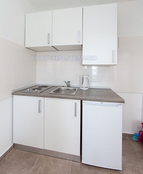apartments Marko, Tučepi - kitchen