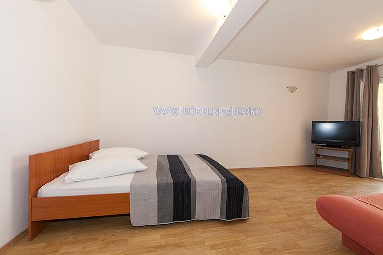 apartments Marko, Tučepi - bedroom
