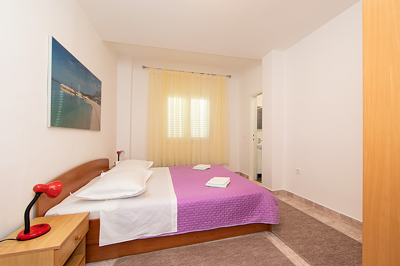 Apartments Matić, Tučepi - first bedroom