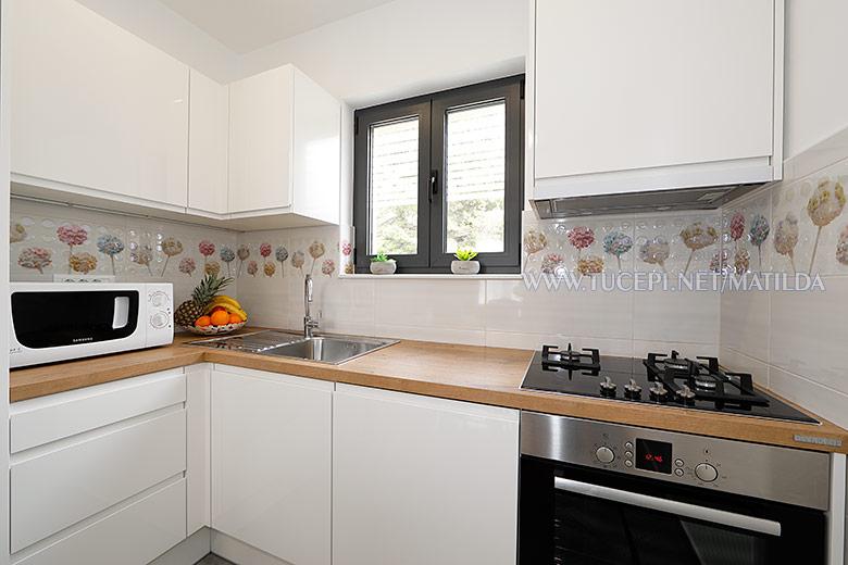 apartments Matilda, Tučepi - kitchen