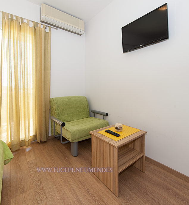 third bed, TV, air-condition