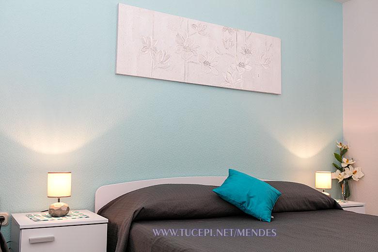 bed linen - Apartments Mendeš, Tučepi