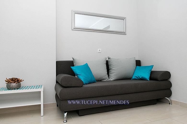 sofa - Apartments Mendeš, Tučepi