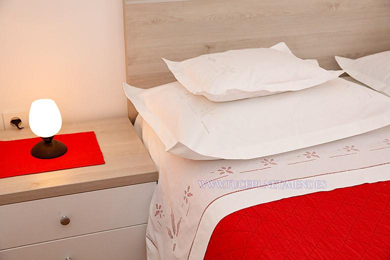 9: A2, pillows, Apartments Mendeš, Tučepi