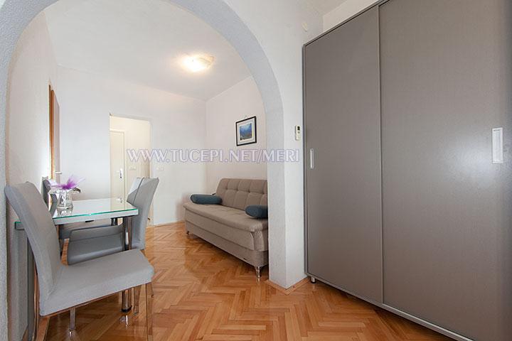 apartment Meri, Tučepi - dining room, sofa
