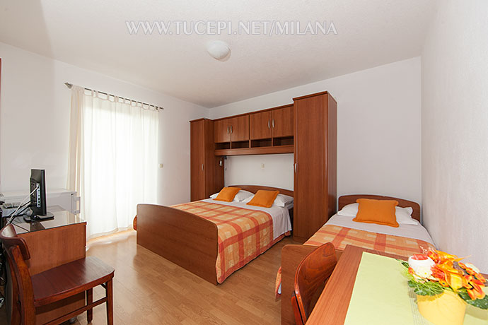 b5 r2 1 bedroom for 2 to 3 persons zimmer f r 2 bis 3 personen