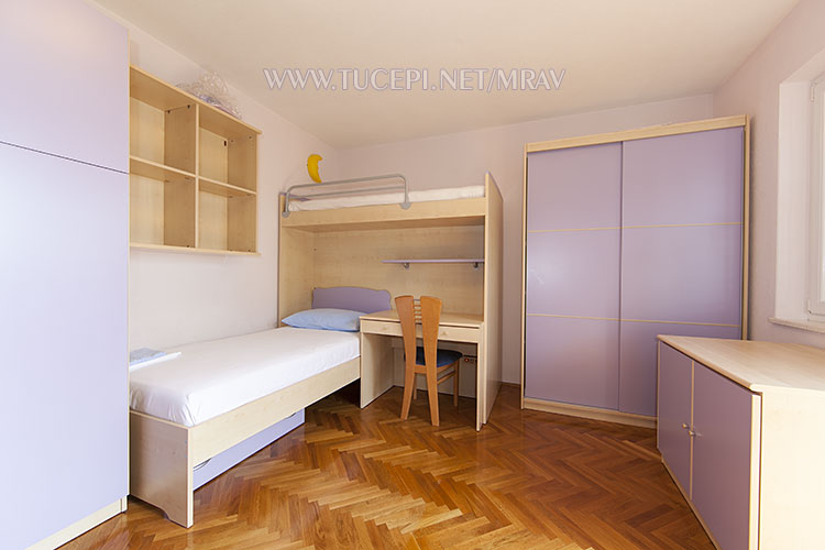second bedroom - perfect for children