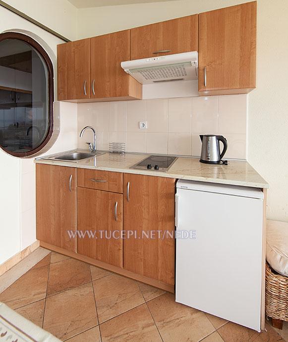 apartments Nede, Ante Grubišić, Tučepi - kitchen