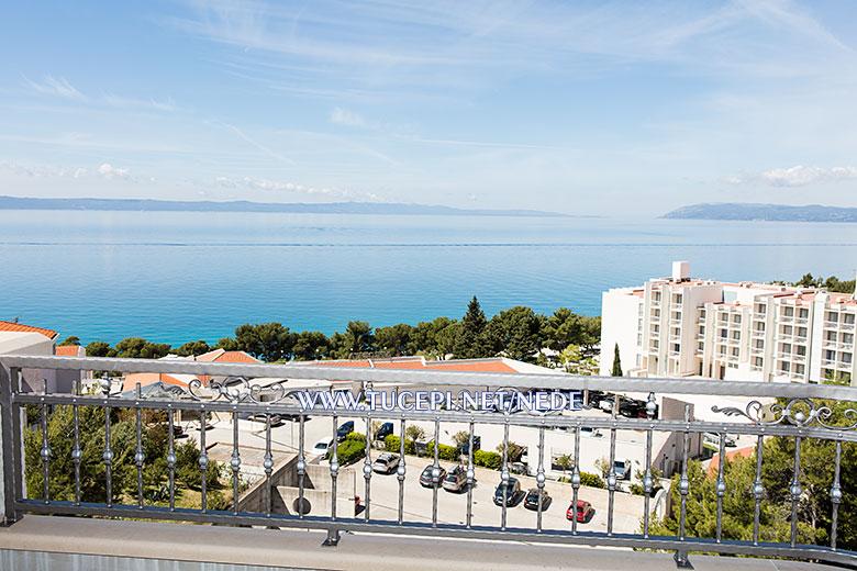 apartments Nede, Ante Grubišić, Tučepi - balcony with sea view