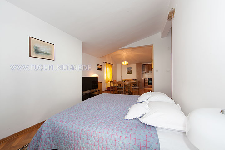 apartments Nede, Ante Grubišić, Tučepi - bedroom