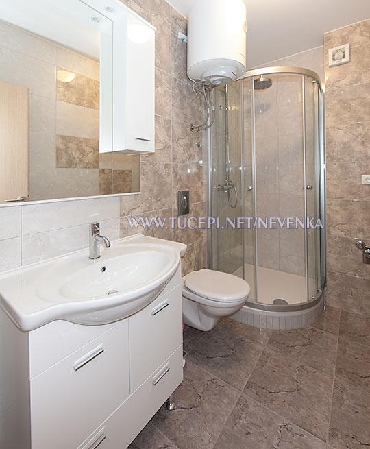 Tučepi, apartments Nevenka - bathroom